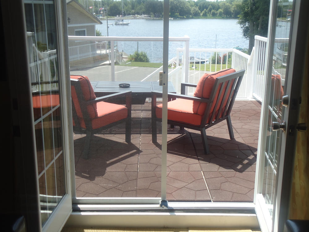 Waterview Balcony King Suite Bayside Inn Amp Waterfront