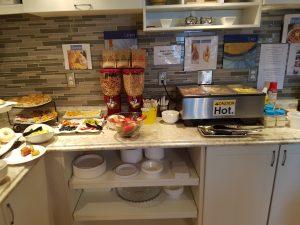 Buffet hot Items 01 - Bayside Inn